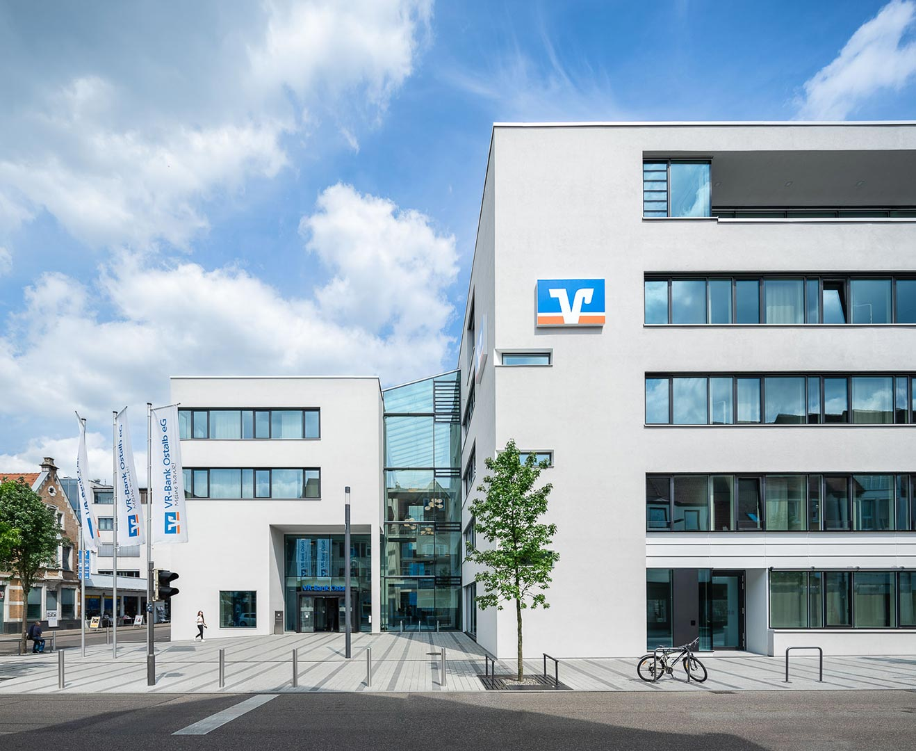 VR-Bank Ostalb, Aalen – OHO-Architekten Stuttgart